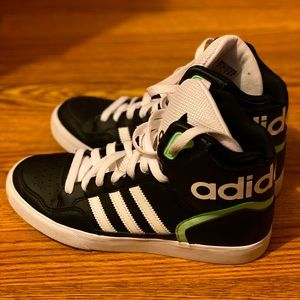 👟 Adidas Women's Extaball Lace-up Sneakers 👟